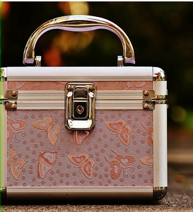 maletín de cosméticos